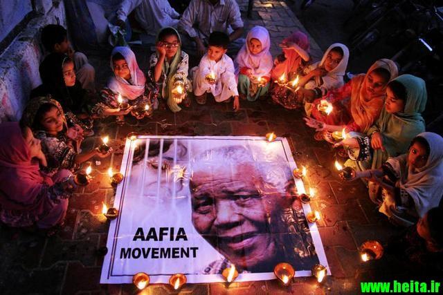 Mandela Passes - The World Grieves